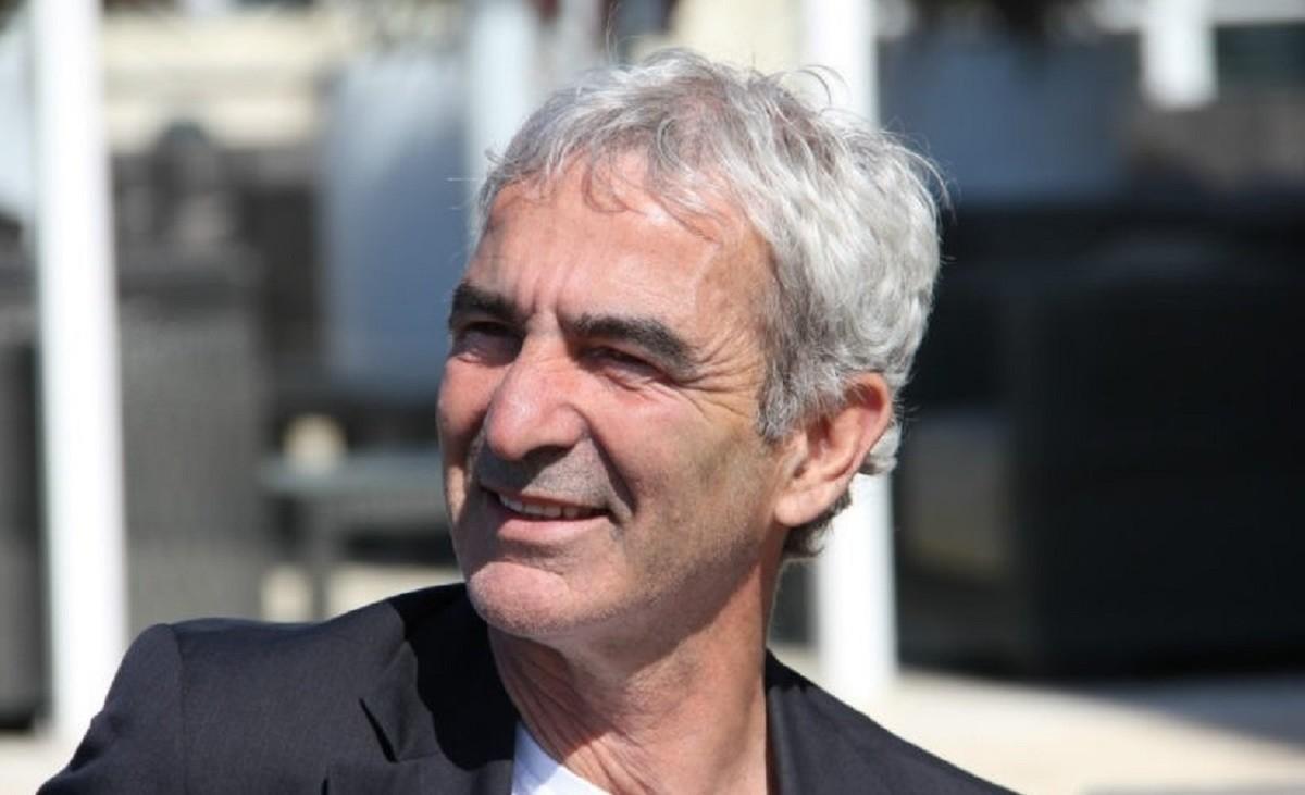 FC Nantes : Un insider dévoile l'unique priorité de Raymond Domenech ! 1