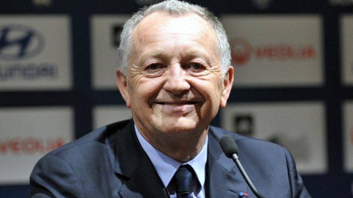 OL, Lyon : Ce défenseur central va-t-il rejoindre les Gones ? 1
