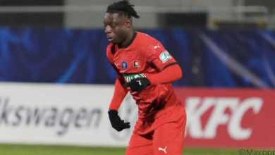 Photo of Stade Rennais : Julien Stéphan compare Doku à une star de Liverpool !