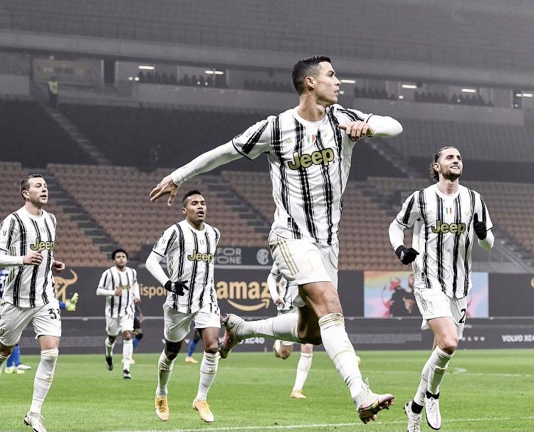 Coppa Italia - 1/2 finale aller   Les notes de Inter - Juventus (1-2) 1