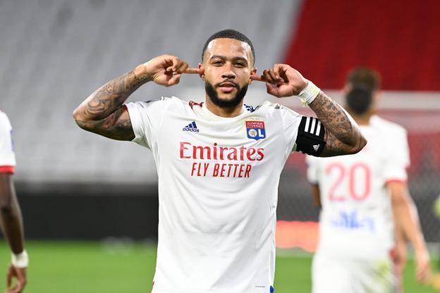 OL : Pourquoi Depay pourrait rester une année de plus à Lyon ? 1