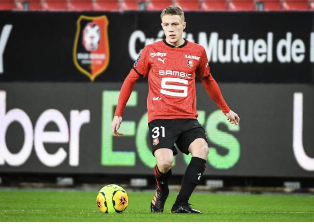 Stade Rennais : Adrien Truffert a choisi entre la France et la Belgique ! 1