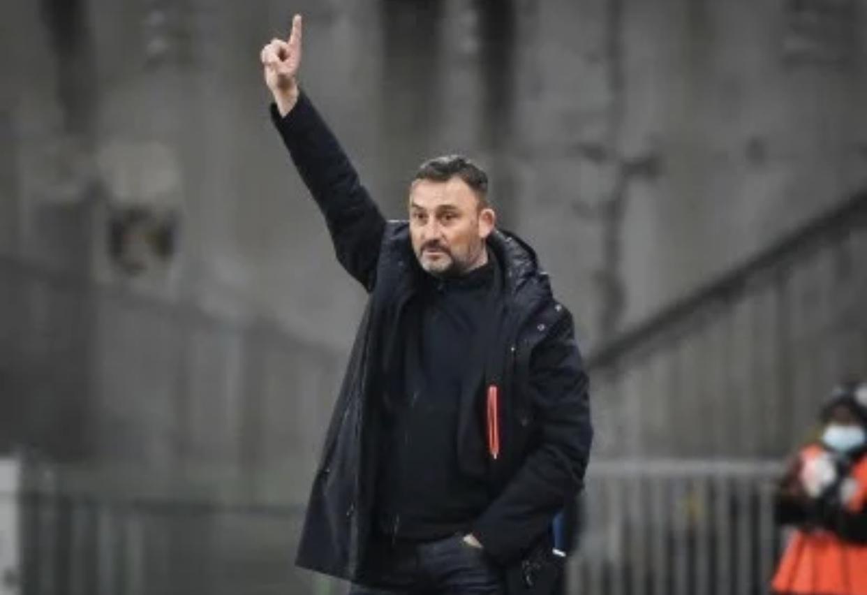 RC Lens : En raison d'un cas covid-19, le club annonce l'annulation d'un match ! 1