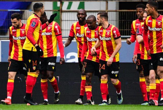 RC Lens : Le club Sang et Or domine toujours ce classement ! 1