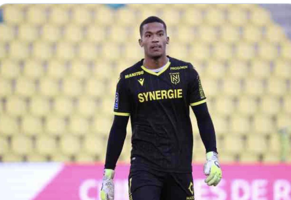 FC Nantes : Une grosse écurie entre dans la danse pour Alban Lafont ! 1