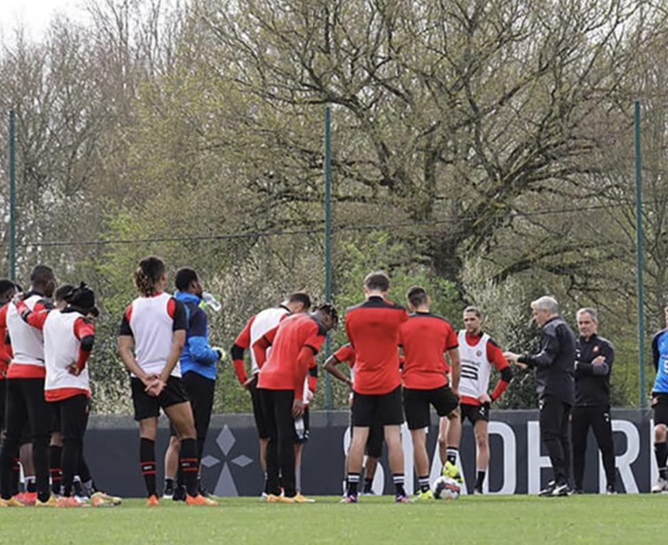 Stade Rennais : Le club annonce un joueur positif au Covid-19 avant Reims ! 1
