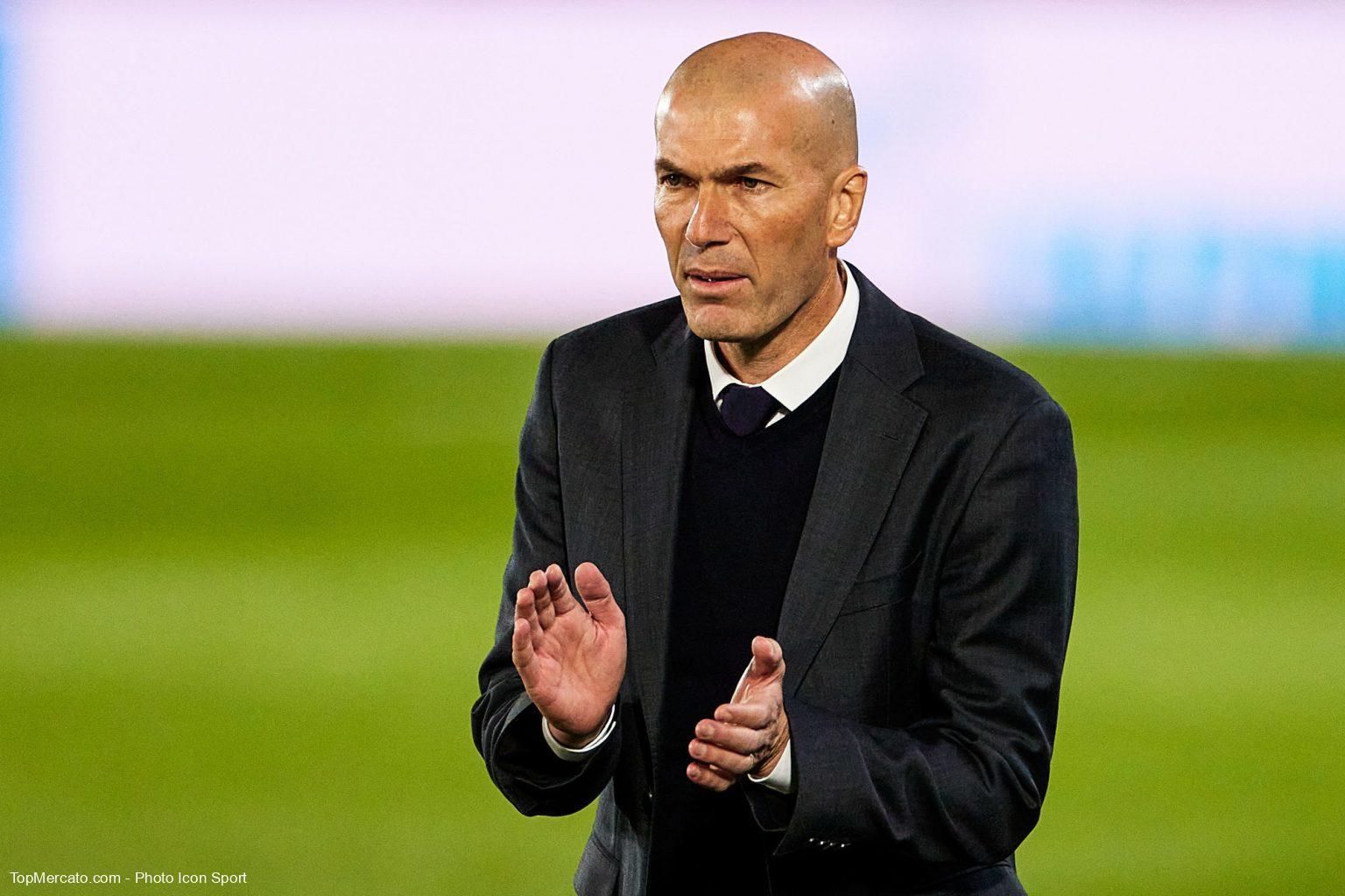 Real Madrid : Un champion du monde désigne Zidane comme le successeur de Deschamps ! 1