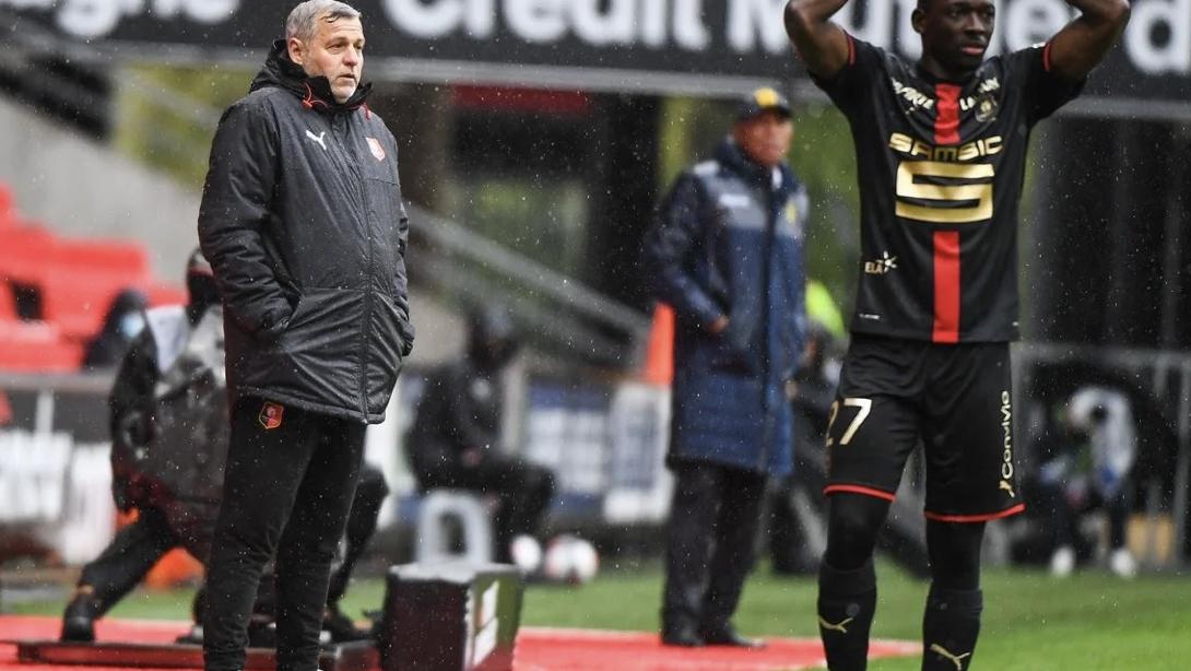 Stade Rennais : La réaction classe et inattendue de Génésio après le derby contre Nantes ! 1
