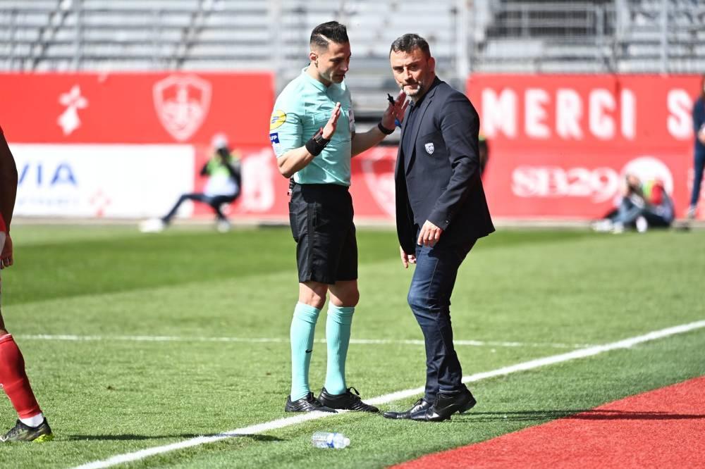 RC Lens : Les mots de Franck Haise à l'arbitre qui lui ont valu un rouge ! 1