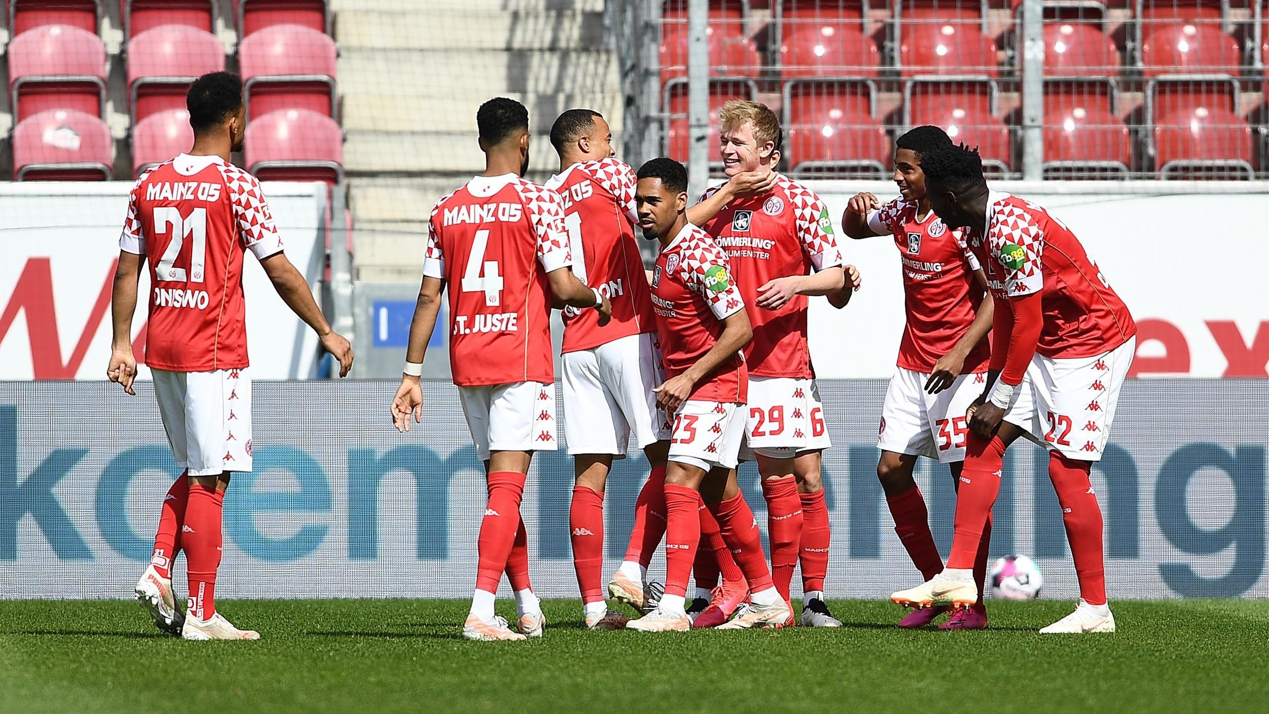 Bundesliga - 31ème j.   Les notes de Mayence - Bayern (2-1) 1