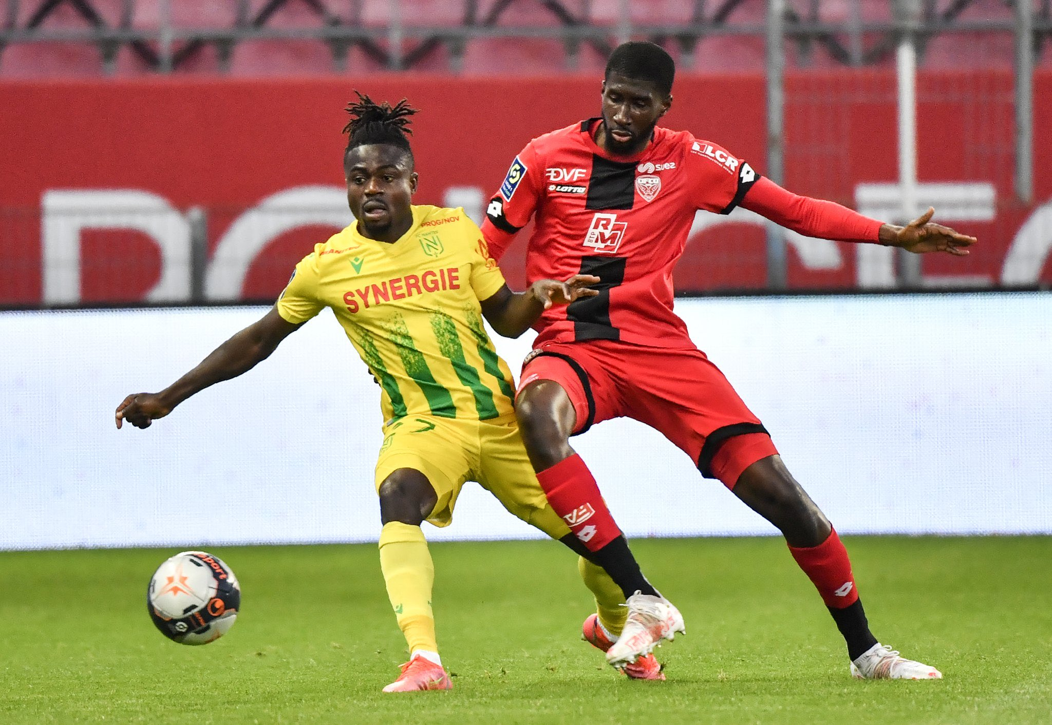 Ligue 1 - 37ème j.   Les notes de Dijon - Nantes (0-4) 1