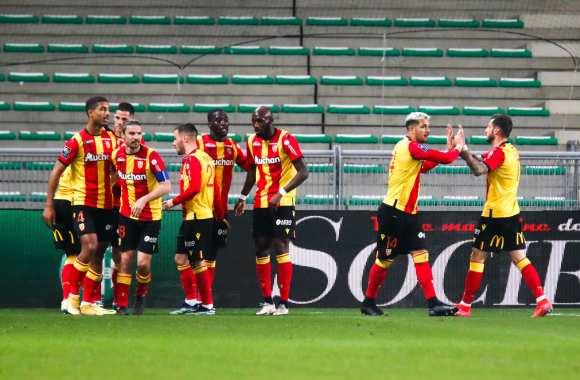 RC Lens : Le club demanderait au moins 20 millions d'euros pour céder ce Sang et Or ! 1